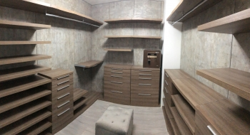 Custom-walk-in-closet-264
