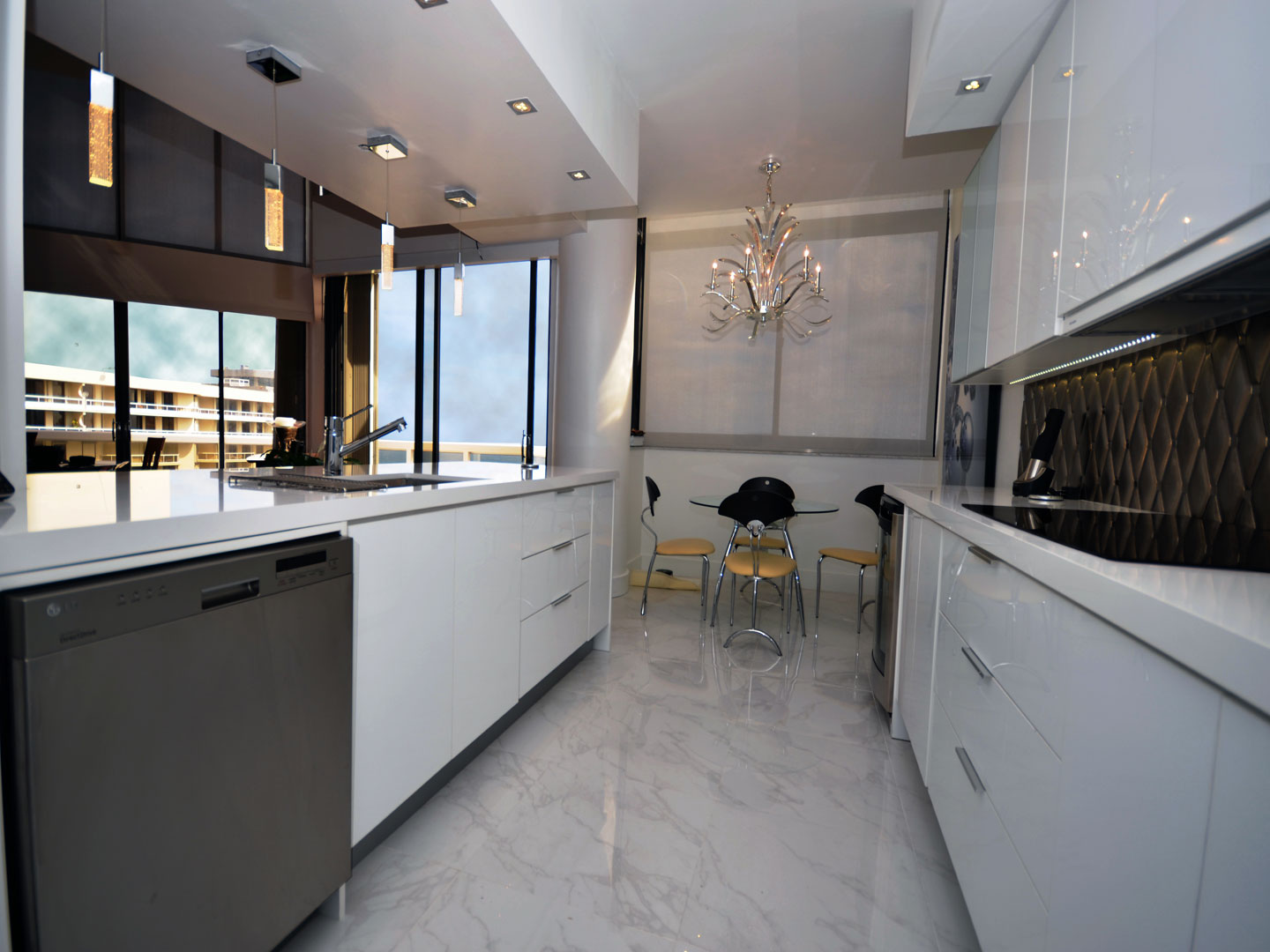 Modern Kitchen 12
