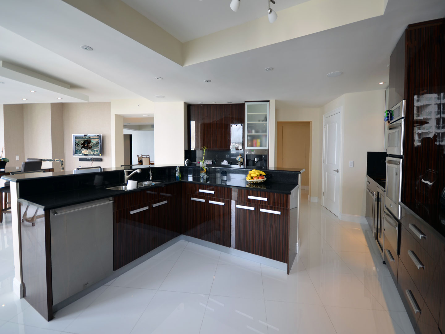 Modern Kitchen 15