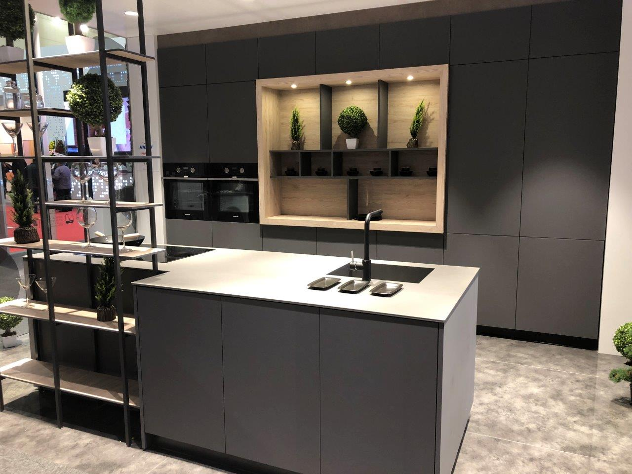 Modern Kitchen 01
