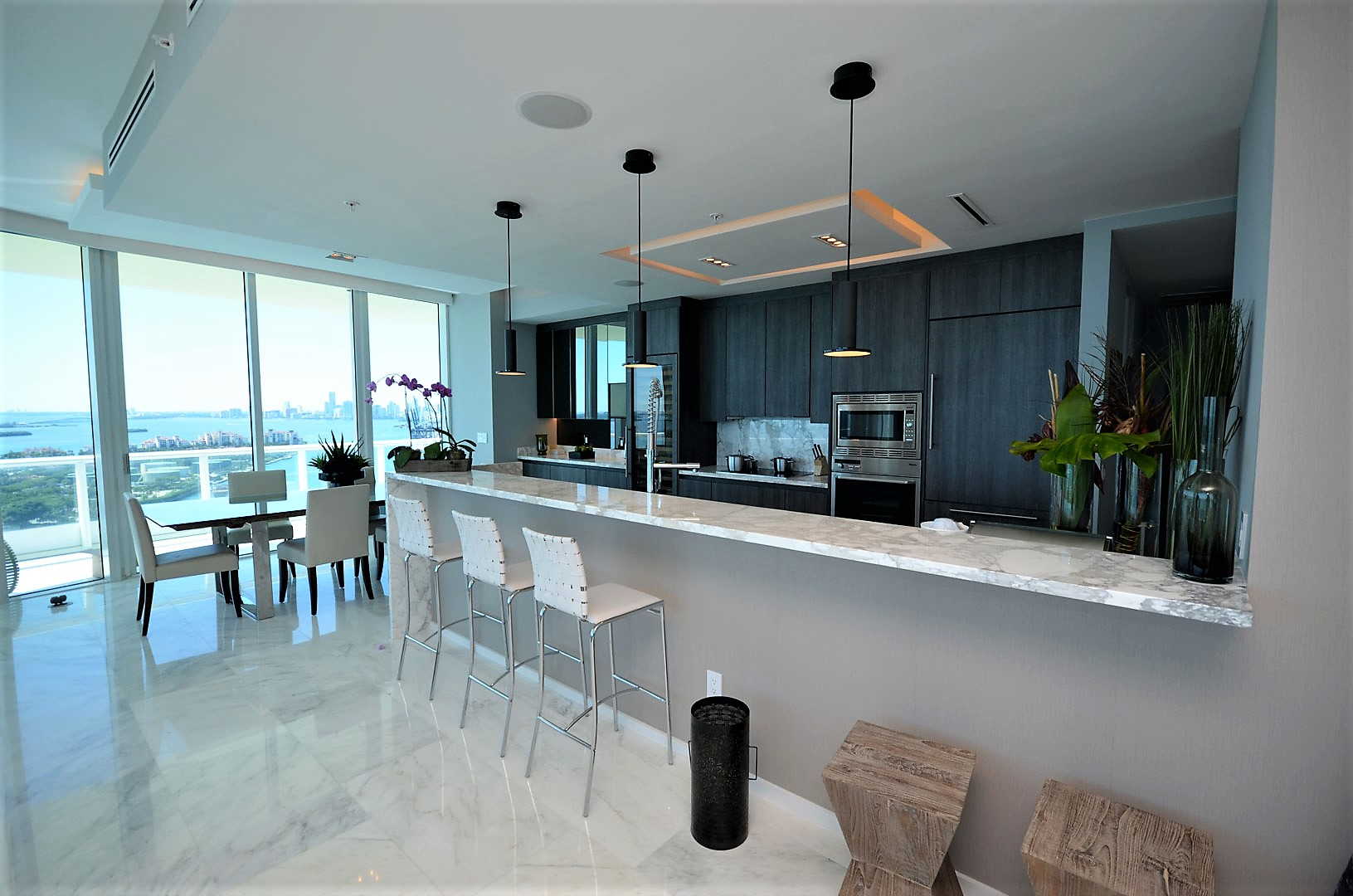 Modern Kitchen 23