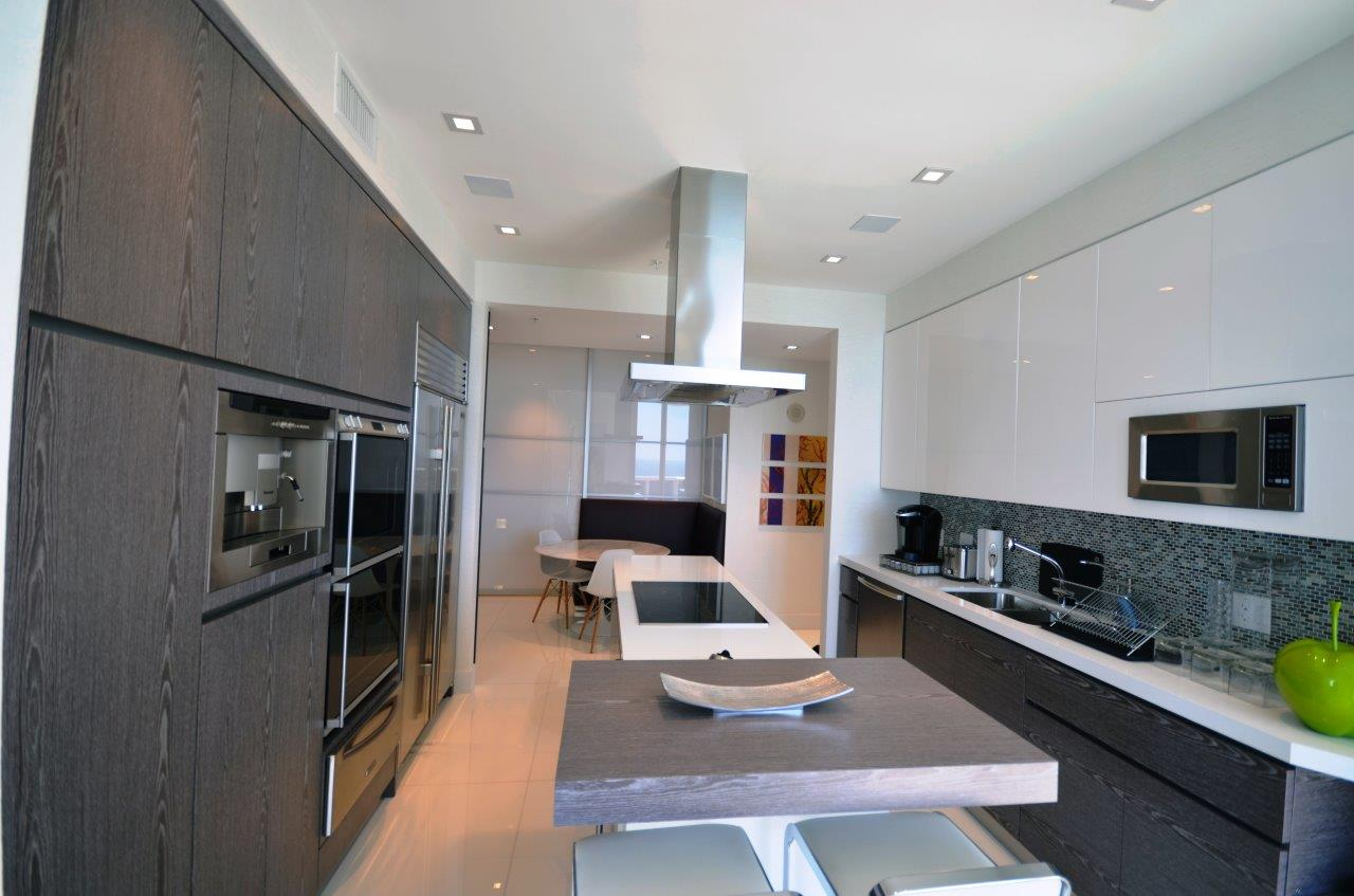 Modern Kitchen 41