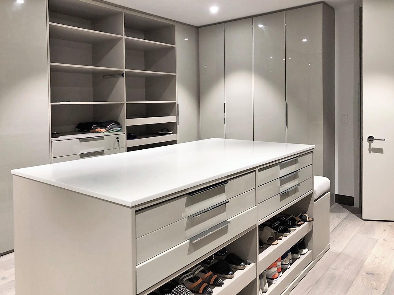 Custom Closets 15