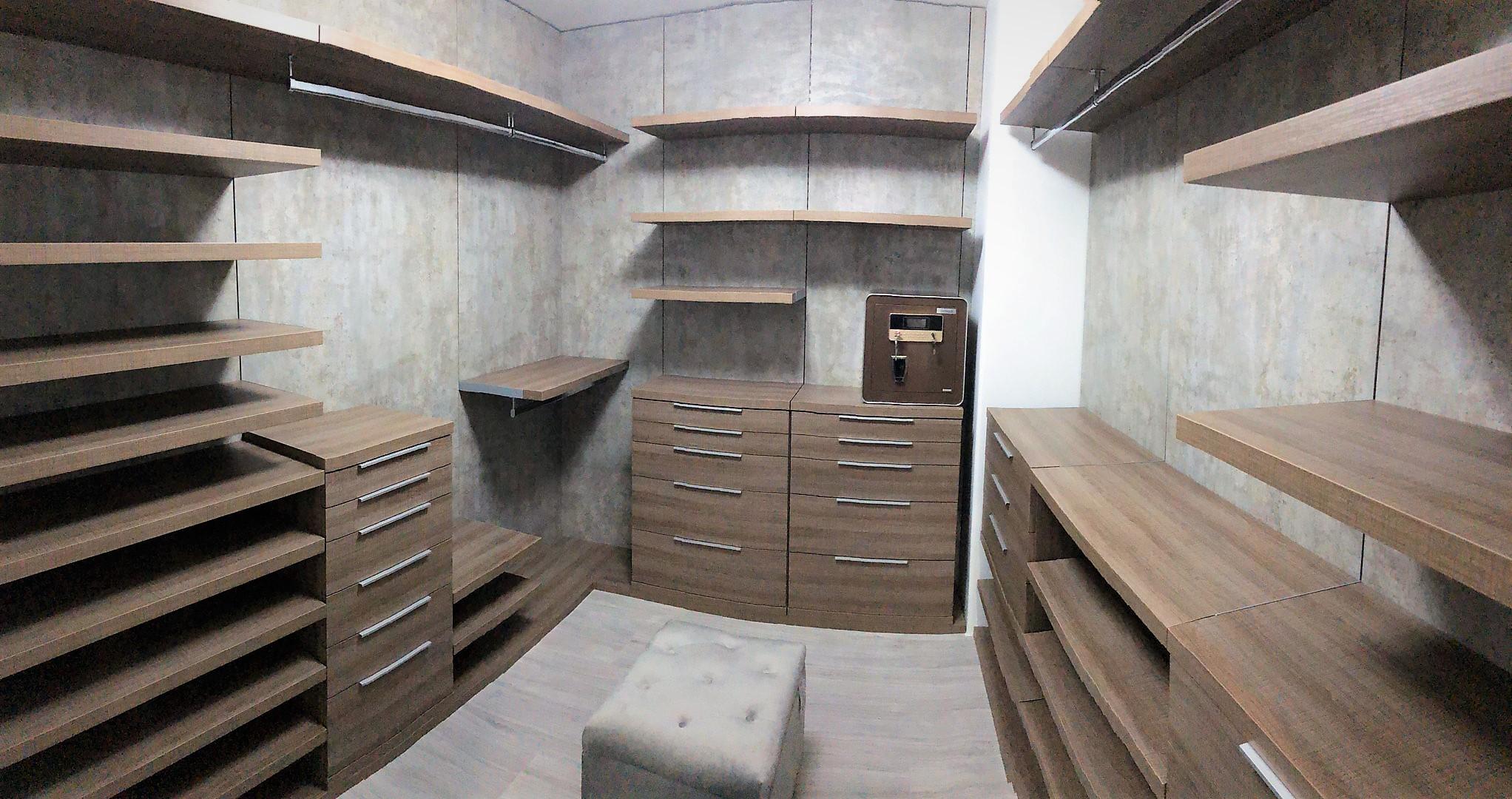 Custom Closets 03