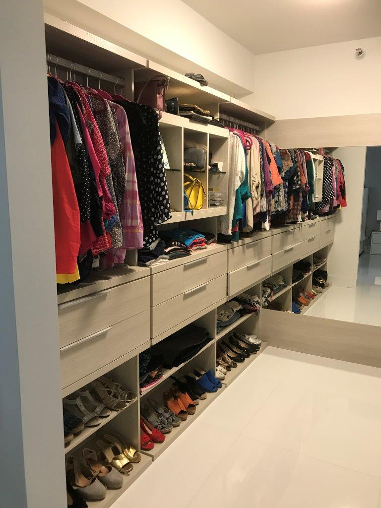 Custom Closets 52