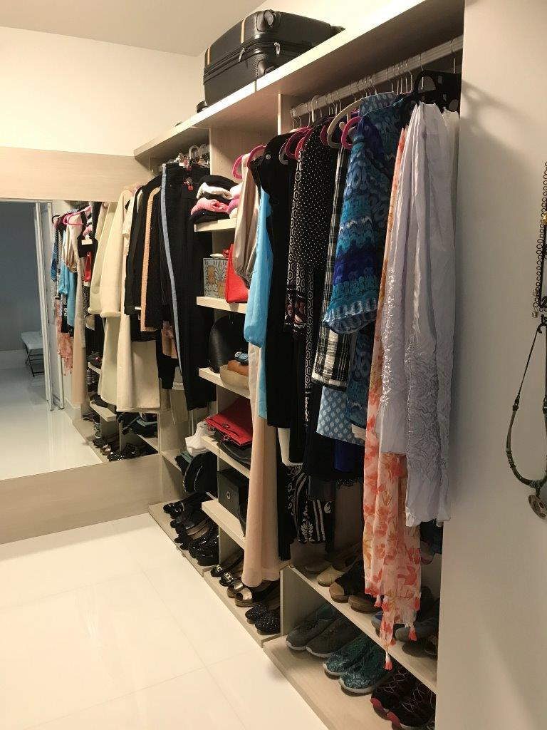 Custom Closets 53