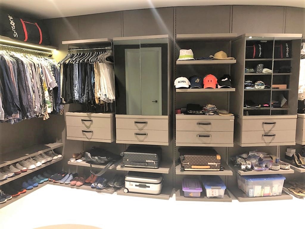 Custom closets Porsche Tower