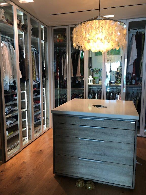 Custom Closets 66