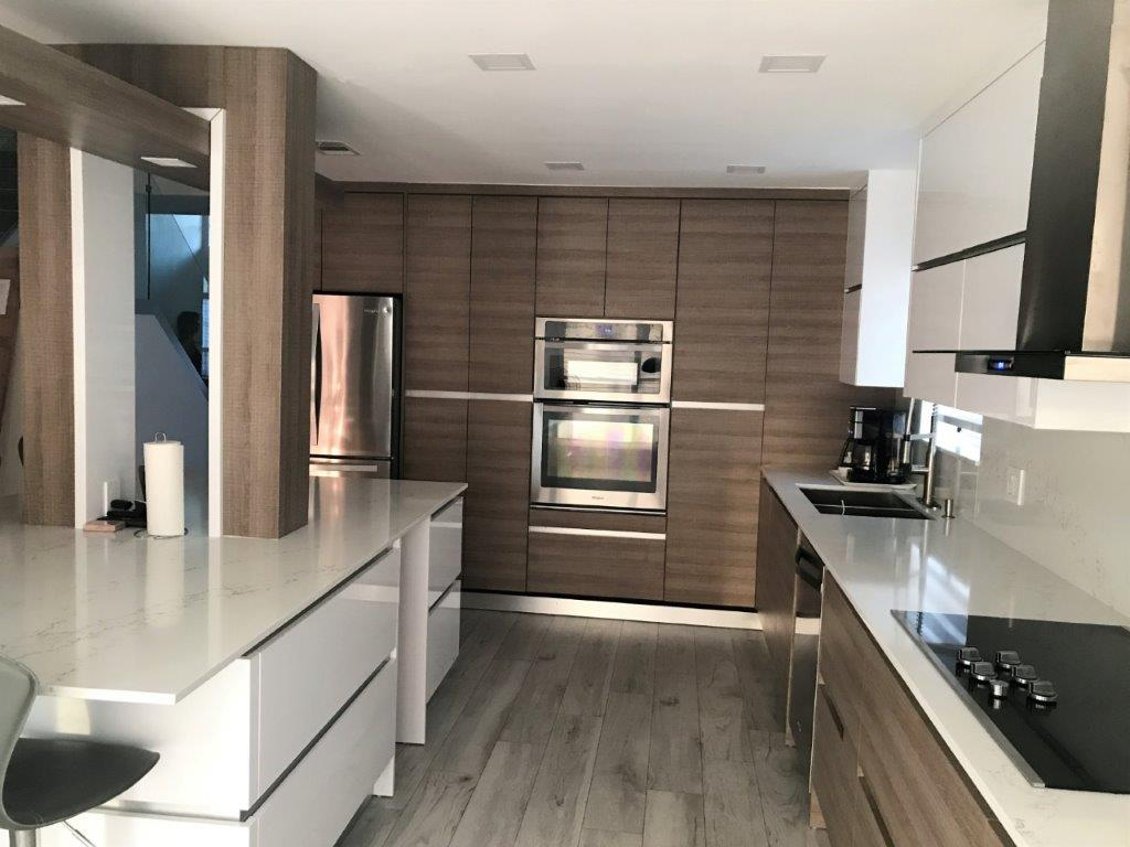 Modern Kitchen 66