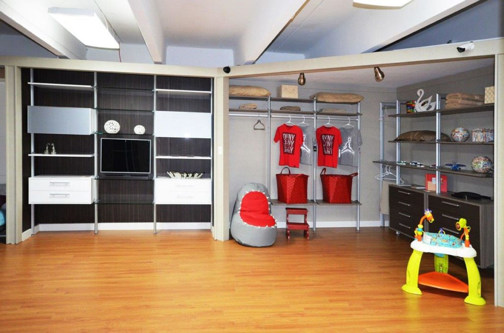 Showroom 09
